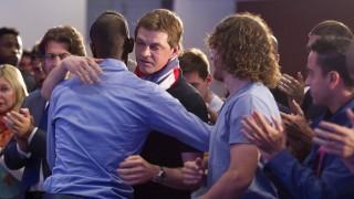 Varios jugadores del FC. Barcelona abrazan a Tito Vilanova