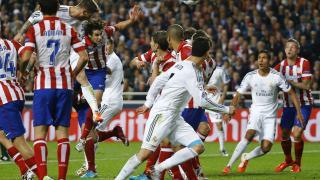 Sergio Ramos remata de cabeza el primer tanto de los blancos