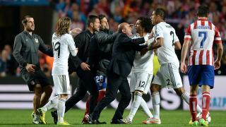 Diego Simeone se encara con Varane