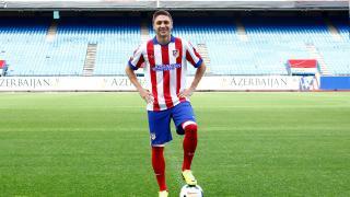 Siqueira, en su presentación como jugador del Atlético de Madrid