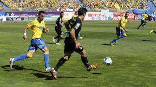 Las Palmas y Córdoba protagonizaron un partido vibrante