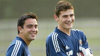 Xavi e Iker Casillas durante sus inicios con la selección