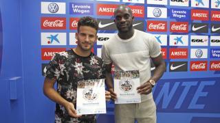 Los jugadores del Levante ya tienen el Manual de Bienvenida de la LFP