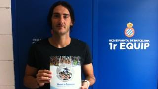 Diego Colotto, jugador del Espanyol, también tiene el 'Manual de Bienvenida de la LFP'