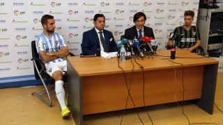 Representantes del LFP y Málaga CF en la presentación de las medias de Sockatyes