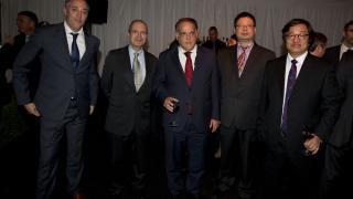 Empresarios chinos junto al presidente de la LFP, Javier Tebas