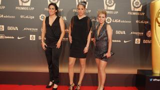 Silvia Meseguer, Lola Gallardo y Amanda Sampedro representaron al Atlético Madrid femenino en la alfombra roja