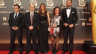 La delegación del Sevilla FC en la alfombra roja