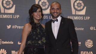 Yuri de Souza, jugador de la SD Ponferradina, a su llegada a la alfombra roja