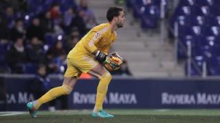Sergio Álvarez, como hizo en la primera vuelta, volvió a demostrar su calidad frente al Atlético