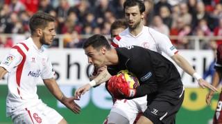 El joven Sergio Rico se está mostrando muy seguro en su debut en la Liga BBVA con el Sevilla