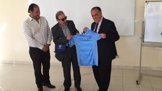 El presidente de LaLiga se reunió con clubes profesionales y autoridades locales