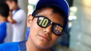 La diversión y las bromas coparon la visita al Camp Nou