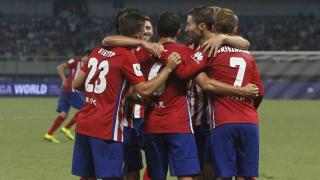 Los jugadores del Atlético festejan uno de los goles.