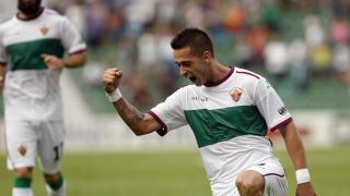 Sergio León celebra su gol ganador en el Elche - Nàstic