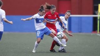 Un lance del partido entre el UD Granadilla Tenerife Egatesa y el RCD Espanyol femenino.