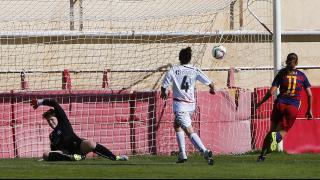 Alexia Putellas marca uno de los cuatro tantos que anotó en el partido disputado entre el Fundación Albacete y el Barcelona FC.