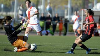 Una ocasión del partido entre el Rayo Vallecano y el Sporting de Huelva.