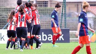 La alegría del Athletic Club frente al Atlético Féminas.