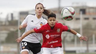 Nicart y Mariajo durante una acción del VCF Féminas - UD Granadilla.