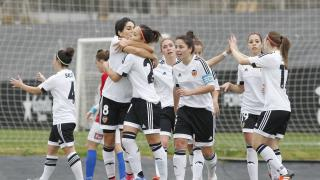 Las jugadoras del VCF Féminas celegran uno de los goles frente al UD Granadilla.