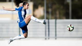 Inés durante una acción del partido entre el RCD Espanyol y el F. Albacete, en la Primera División Femenina.