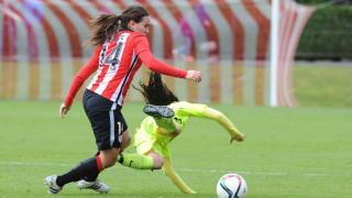 Un lance del partido disputado entre el Athletic y el Levante Femenino.