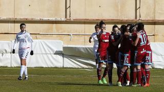 Las jugadoras de la Real Sociedad celebran uno de los goles ante el F. Albacete, en la Primera División Femenina.