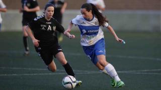 Paloma Lázaro, que marcó el tercer tanto de su equipo, durante una jugada del partido.