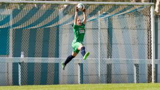 Oihana atrapa el balón en una ocasión del Albacete.