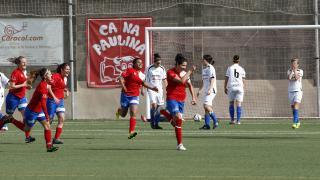 Las jugadoras del Collerense celebran el segundo gol ante el Oiartzun KE, en la Primera División Femenina.