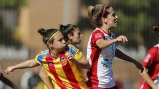 Mulán y Estefa durante una jugada del Santa Teresa CD - VCF Femenino.