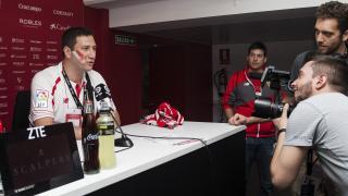 Los aficionados libaneses que asistieron al Sevilla FC - R. Betis pudieron sentirse como los protagonistas de la Liga BBVA en la sala de ruedas de prensa