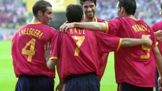 Valerón durante un partido en el Mundial de 2002 con España - EFE/LUIS TEJIDO