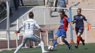 Alharilla hace el primer gol para el Levante Femenino.