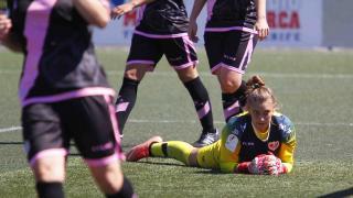 Ana, la guardameta del Rayo, durante un instante del partido que enfrentó a su equipo y al Granadilla.
