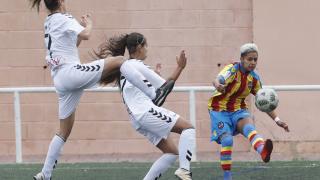 Un lance del partido entre el Levante Femenino y el F. Albacete.