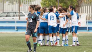 El Zaragoza CFF celebra uno de los dos tantos que le dieron la victoria ante la Real Sociedad.