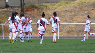 Laurita celebra el primer gol del Rayo.