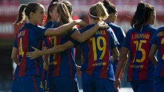 El Barcelona celebra la goleada ante el F. Albacete.