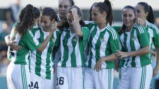 Las futbolistas del Betis celebran un gol esta temporada.