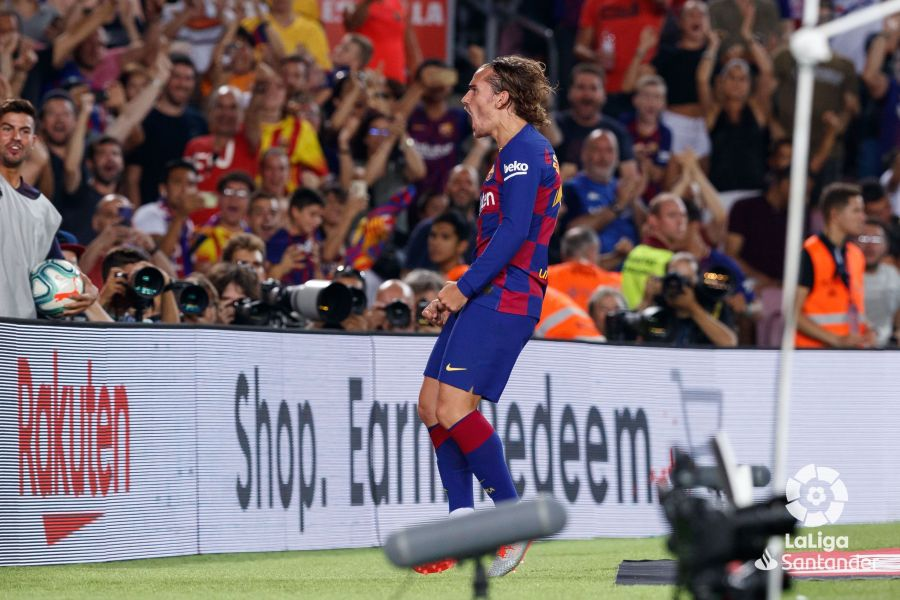 صور مباراة : برشلونة - بيتيس 5-2 ( 25-08-2019 )  7ee66417dc3bf534614b9cf1663a27e5