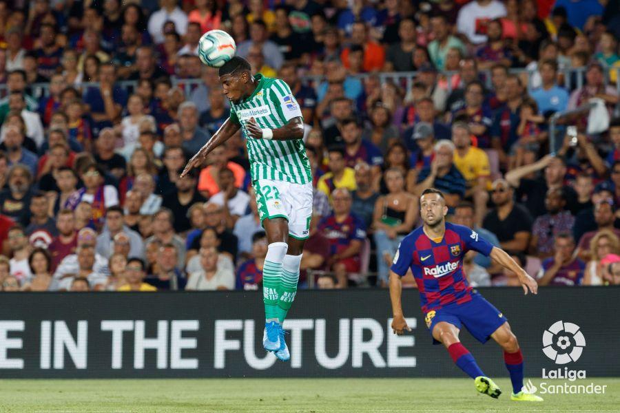 صور مباراة : برشلونة - بيتيس 5-2 ( 25-08-2019 )  Adbe960865ba245d34b7a9f95d186a78