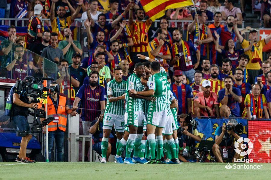 صور مباراة : برشلونة - بيتيس 5-2 ( 25-08-2019 )  B604af3cec6fd27a9cbb3dcec4f4be8d