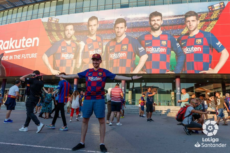 صور مباراة : برشلونة - بيتيس 5-2 ( 25-08-2019 )  Bdc20becca2e104b3512cfcf7183485f