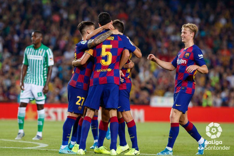 صور مباراة : برشلونة - بيتيس 5-2 ( 25-08-2019 )  D1f951e38293b338d499f96220b7a1ee