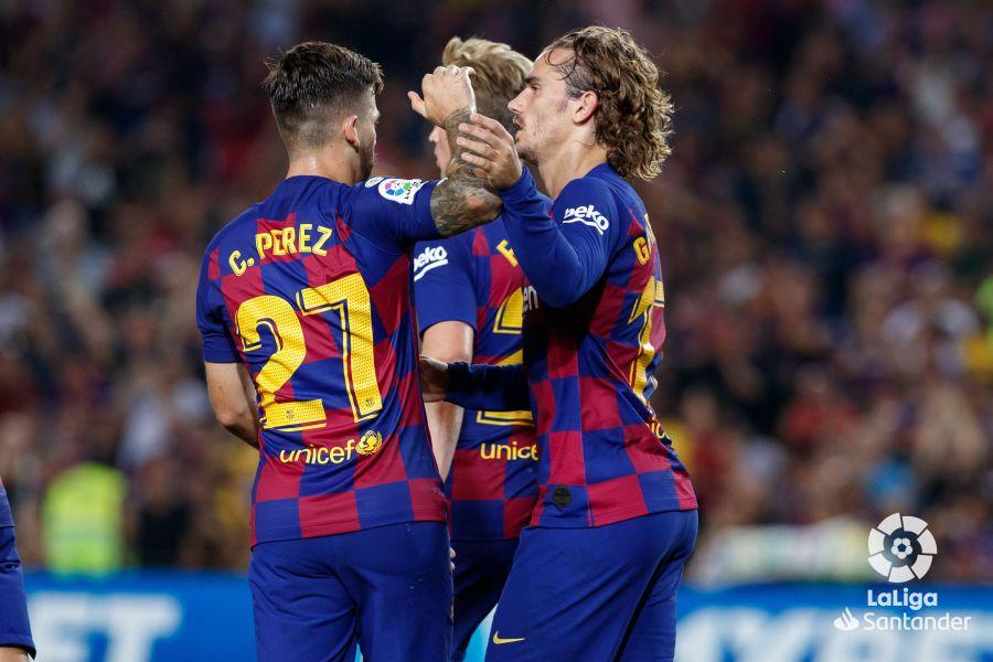 صور مباراة : برشلونة - بيتيس 5-2 ( 25-08-2019 )  D27edb951b18779c0e97b03a0dae5025