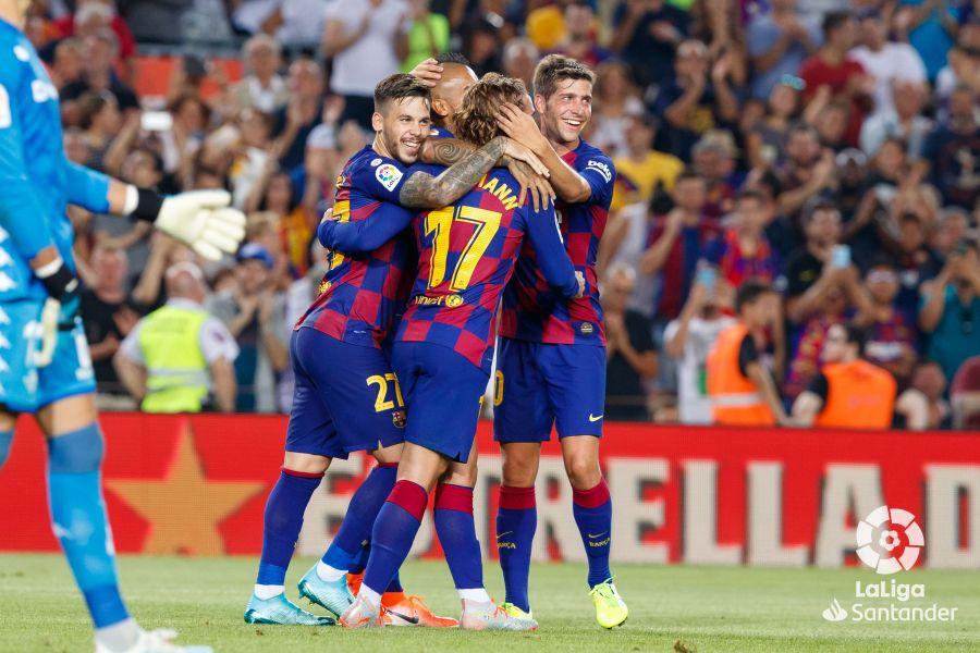 صور مباراة : برشلونة - بيتيس 5-2 ( 25-08-2019 )  D3d9b207ae5023c227a724c58befddea