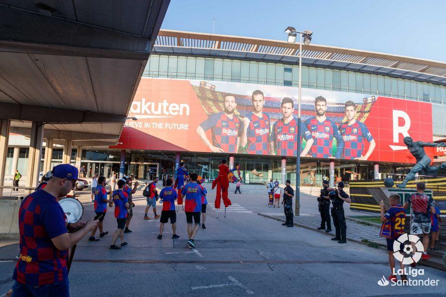 صور مباراة : برشلونة - بيتيس 5-2 ( 25-08-2019 )  Dc756103549820f45ade7bf1f7104ade