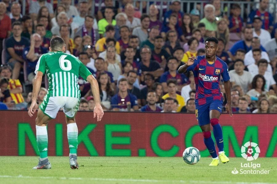 صور مباراة : برشلونة - بيتيس 5-2 ( 25-08-2019 )  Ee65b5ab31a1a3402a57c2a80095341b